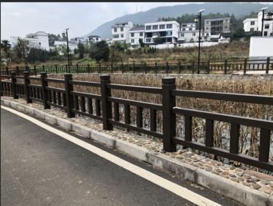 如何预防水泥仿木护栏的防裂工程