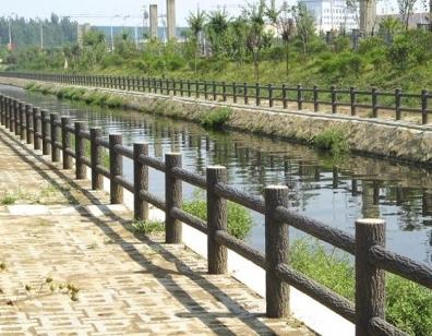 在安装设计中水泥仿木护栏需注意的事项